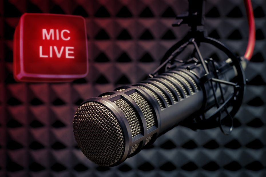 Use a high quality recording mic to improve sound quality for automated free transcriptions